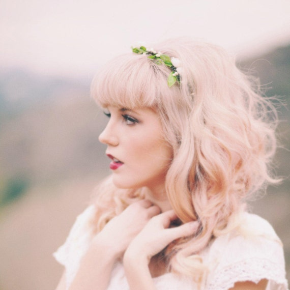 Bridal flower crown, Woodland wedding headpiece, White rose circlet, White rose leaf hair wreath - EVE