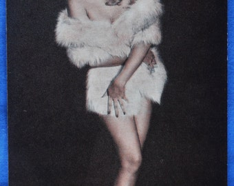 Vintage Pin Up Girl White Mink Stole Bare Legs Photo Risque