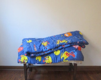 Vintage '80s Midway PAC-MAN Comforter, Bedspread, Full/Queen Size, 82 x 72 inches