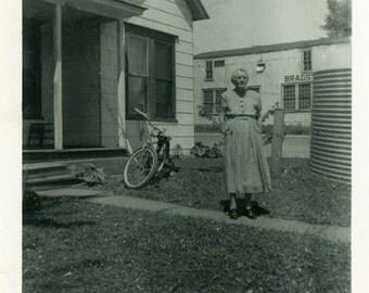 "Vintage Photo ""Waiting for Her Grandson"" Snapshot Antique Photo Old Black & White Photograph Found Paper Ephemera Vernacular - 79"