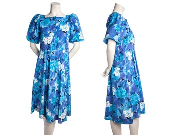 Vintage floral blue dress -- vibrant 1980s day dress -- princess sleeves -- size small / medium