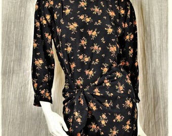 Boho tunic Long sleeve floral top 90s grunge Vintage clothing Bohemian floral print blouse Casual black tie front asymmetrical top Rayon S M