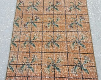 Vintage Oushak Rug / 2 by 3 / Orange-Green / Turkish Oushak Rug / Distressed / Floral Rug / Rustic / Boho / Pillow Rug - 42 in x 21 in