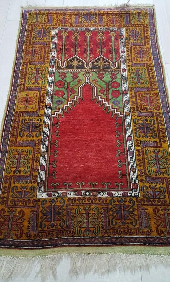green tree rug 4 by 7 vintage oushak rug vintage rug tree of life