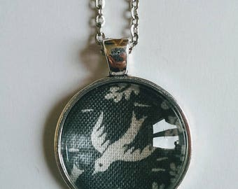 Swallow Necklace, Gray Bird Necklace with Long Chain, Antique Silver Chain and Glass Pendant Swan Queen, Bird Necklace