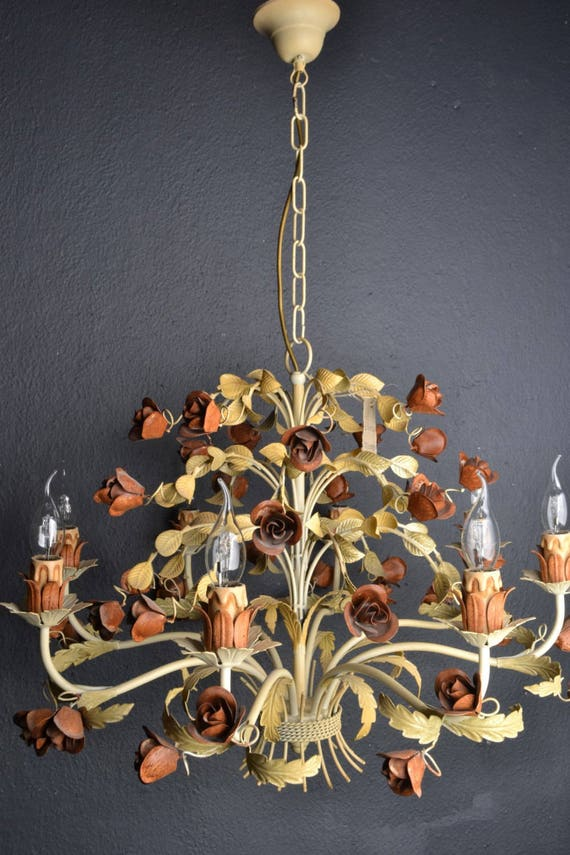 Italian tole chandelier with roses (8 light bulbs)