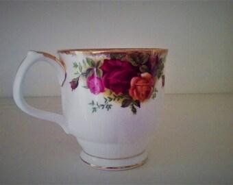 Royal Albert bone china tea mug-Country Rose