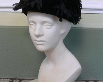 1960s Vintage hat with petals
