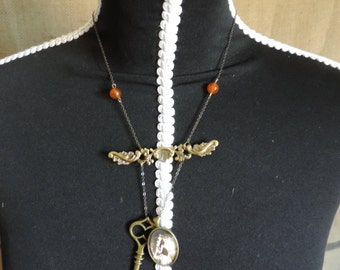 "Necklace ""memories of a long time ago"", steampunk, key, pearls"