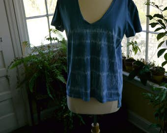 Shibori t-shirt indigo dyed - Women's Size Large - Free Shipping!