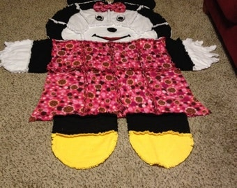Minnie Mouse rag quilt/wall hanging/rug