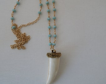 Blue crystal rosary chain with beige tusk, tusk necklace,  bone horn tusk, boho style jewelry, handmade necklace, wire wrapped beads