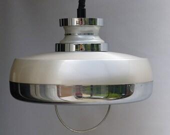 1970s ceiling light. Rise and fall lamp. 1970s lighting. Chrome pendant lamp.