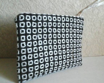 Rectangle beauty bag,  handmade cosmetic bag, purse insert, black and white, small toiletry bag, textile zippered mini bag