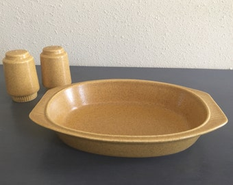 Vintage Pfaltzgraff Nordic Gold mustard yellow speckled stoneware oval veggie bowl with matching salt & pepper for Boho / Farmhouse home!