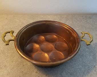 Vintage Copper Egg Poaching Dish.  Egg Poacher