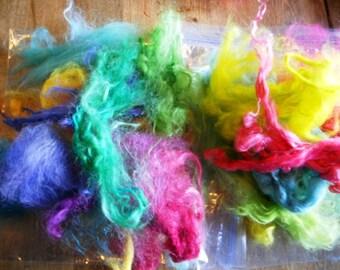 Box 'O Crayons 20 colors of Suri Alpaca locks