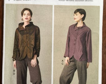 Sewing Pattern Vogue Misses' Jacket and Pants Pattern V9035 Size 6 8 10 12 14 Interesting details on jacket and cuffs