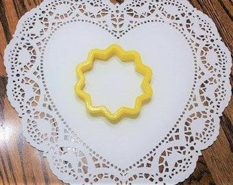 Flower Cookie Cutter (Betty Crocker Brand)