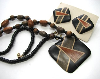 Wood necklace, inlaid wood pendant and matching earrings, 26 inches long, gray, orange, beige, black B-1460