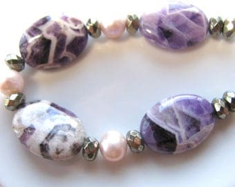Group of beads, 17 beads,  Amethyst ovals, Fresh Water Pearls, faceted Pyrite, Jewelry supply B-1444