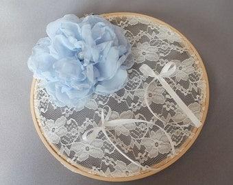 Door alliances ivory lace, flower
