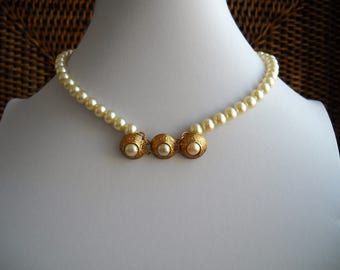 80's Bridal Pearl Choker, Wedding Choker. Vintage Choker;  Part of an Italian necklace from the 60's as a sort of pendant. Length 15in