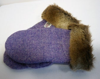 Harris tweed mittens. Handmade wool lined mittens