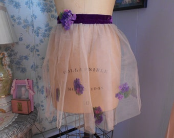 Cool 1950's Apron with Purple Flowers