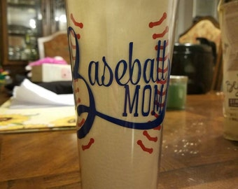 Baseball mom, 22 oz tumbler with lid and straw