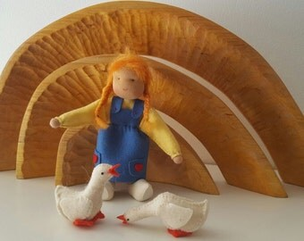 Goose girl - Waldorf inspired - Nature table - Ganzen meisje- Antroposofisch - Seizoentafel