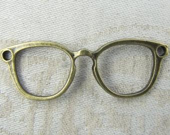 Set of (10) Bronze Eye Glasses Pendant Connector 10 per package  GLM006BZ