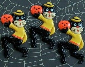 1950's style Beistle Hep Cat Hip Halloween Decorations Retired Design OLD STOCK scardy cat