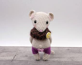 Crochet pattern - Charlize the mini mouse