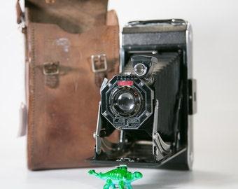 Kodak Six-16 Art Deco Folding Camera with Case #F11