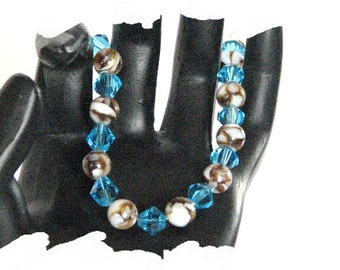 EHMB #19  Tantalizing MOTHER-of-PEARL Bracelet