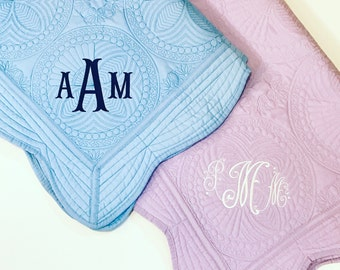 Monogrammed 100% Cotton Baby Quilt-Personalized Baby Gift-Southern Baby-Monogram Gift-Baby Shower-Classic Baby-Baby Blanket-New Baby
