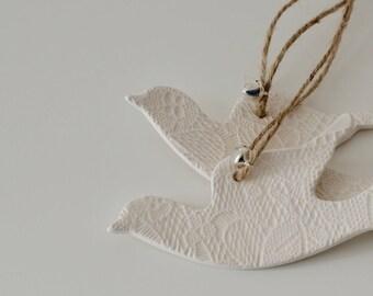 Ceramic Lace Turtle Dove Wedding Decoration