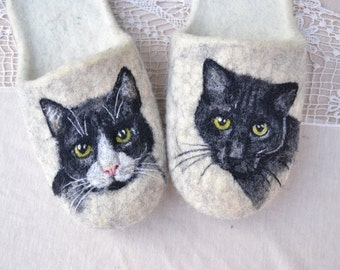 "Eco friendly handmade felted slippers. Slippers for home use with a picture on motives of the cartoon ""Сats.Portrait of your pet"""""