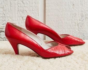 Sale! 80s Evan-Picone Red Leather Peep-toe Pump Heel • 7.5