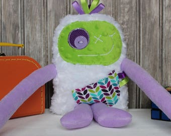 Handmade plush Monstres à Câlins,  lilac and lime green with leaves on pocket, happy friendly monster for child, birthday gift, ready to go