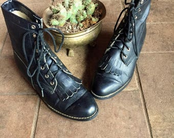 90s The Craft witch boots// lace up ankle boots//vintage western ropers//size 9-9.5 women