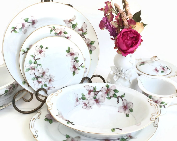 Hira Fine China Set for Six with Serving Pieces Made in Japan c1970's