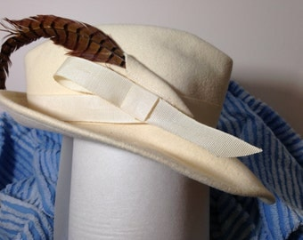 Woman's Fedora Cream Felted 100% WOOL, with FEATHER Wide Brim Hat Vintage