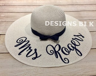 Personalized straw hat, Monogrammed beach hat, Personalized hat, Floppy straw hat, Summer hat, Beach hat, Straw hat, Bridal Shower Gift