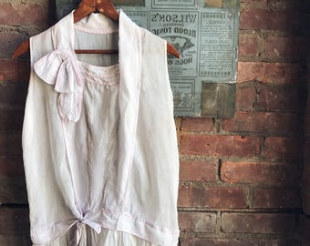1920's Sheer Lilac Dress