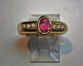 Pink Tourmaline 6 x 4 mm and Diamond 0.06 Ct Ring Set in 18 Ct Yellow Gold