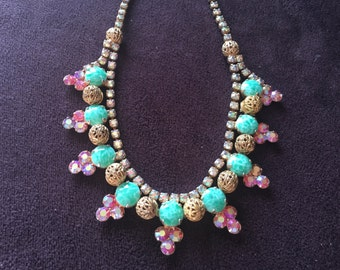 Vintage Faux Green Jadeite Cabochons with Pink AB Rhinestones and Gold Filigree Balls Necklace 0865