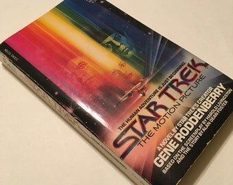 STAR TREK Paperback / Vintage Star Trek the Motion Picture A Novel by Gene Roddenberry Softcover 1979 Good condition