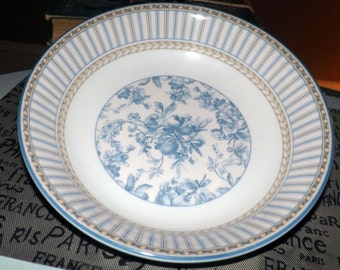 Royal Doulton Provence Bleu vegetable | pasta serving bowl. Blue Provence floral chintz center, yellow and blue lines, blue enamel edge.